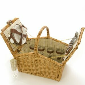 La Roca Willow Picnic Basket for Four