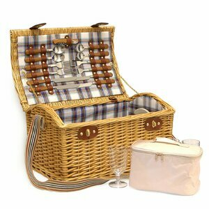 Stretford Family Wicker Picnic Basket for Four