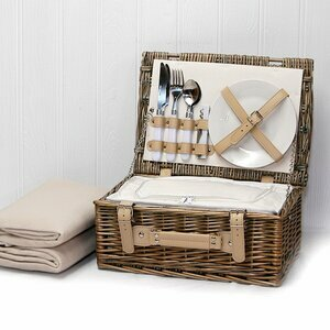 Daisy Wicker Picnic Basket with Cream Fleece 2 Persons