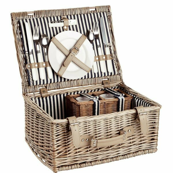 Butlers Day in the Park Picnic Basket for Two