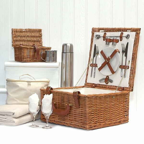 Deluxe Harpenden Two Person Wicker Picnic Basket by Fine Food Store